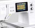 Foto Eenvoudige en snelle bediening via het touchscreen of de multifunctionele knoppen